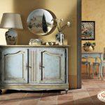 Vintage-Möbel mit Urlaubserinnerungen
